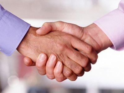 Bild på handslag symbol för avtal