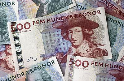 Bild på femhundra och hundra kronor