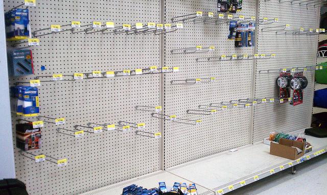 Tomma butikshyllor på grund av Corona