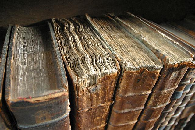Bild på gamla böcker